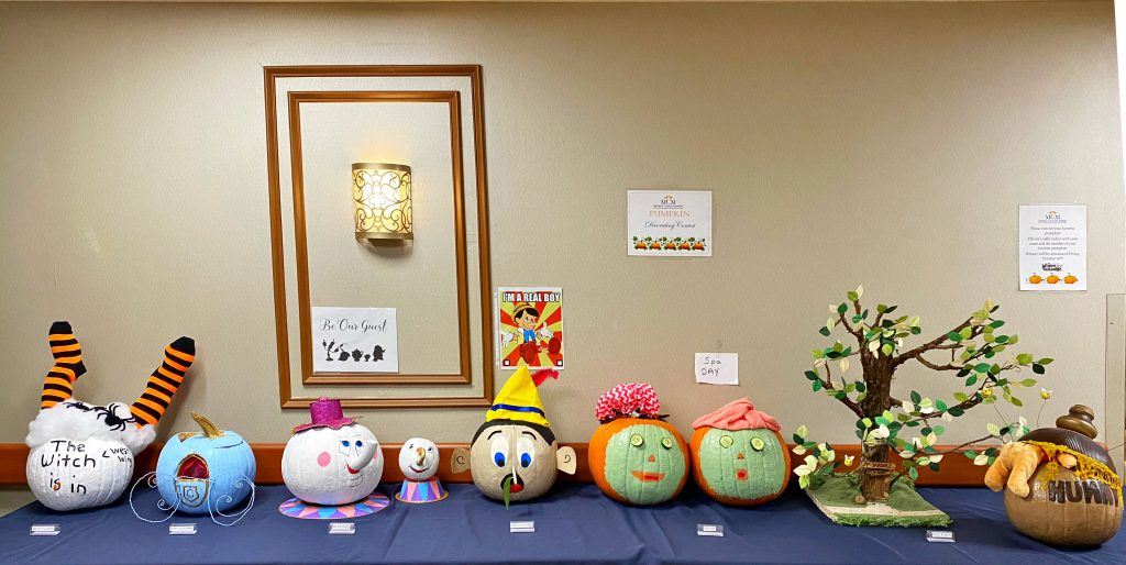 Pumpkin Decorating contest!